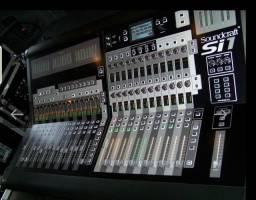 Mesa de som soundcraft SI1