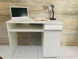 Escrivaninha para home office