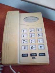 Telefone antigo teclas e fio