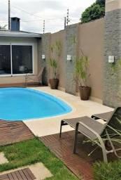 (André) Linda casa com piscina em Lauro de Freitas