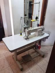 Máquina  de costuras