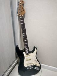 Guitarra MG32 memphis