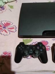 PS3 desbloqueado com 2 controles