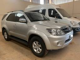 Toyota Hilux SW4 SRV 4X4 Extra 2007