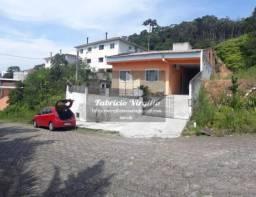 Casa para Venda em São José, Forquilhas, 3 dormitórios, 2 banheiros, 1 vaga