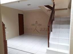 Casa Com 03 Dormitórios na Cidade Morumbi São José dos campos T