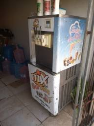 Maquina de sorvete expresso e milk sheik