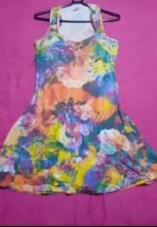 Lindos vestidos tamanho M apenas 10,00 reais