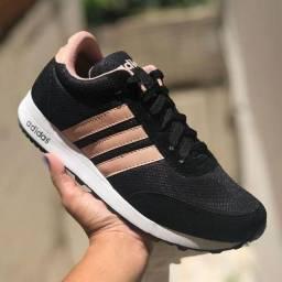 Tênis Adidas Feminina
