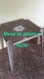 Mesa de Plástico - 40,00