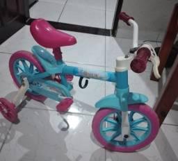 Vendo bicicleta e velocipe