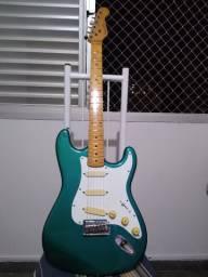 Guitarra Gianinni Stratosonic