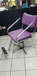 Cadeira cabeleireiro Terra Santa na cor rosa