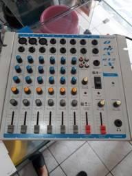 Mesa De áudio Oneal com esculta 350 reais