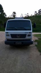 vendo volkswagen 8-150 ou troco por Caminhão truck na Caçamba.