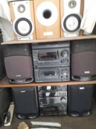 Vendo  som  e  caixas  de  som e home