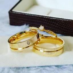 Alianças em Prata,Aço e Banhada a ouro?