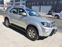 Toyota-Hilux SW4