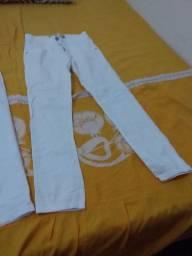 Vendo calças brancas