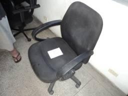 Cadeira execultiva Global Mobilinea