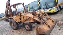 Vendo Retro Escavadeira 580H 4x2 Ano 92 Modelo 93