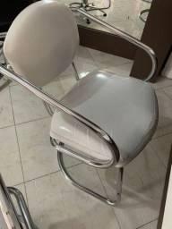 2 Cadeiras em inox