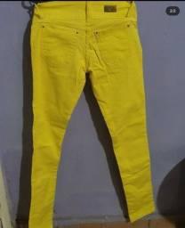 Calça jeans amarela tam 36