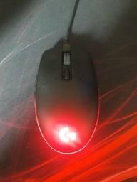 Mouse Logitech g203 lightsync