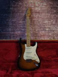 Fender Stratocaster American Standard 1997 com case
