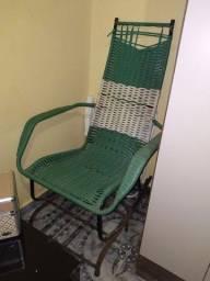 Vendo cadeira para reforma .