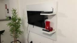 Painel para televisão com 2 apoios