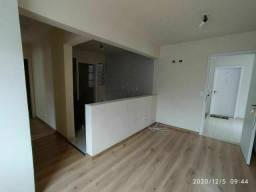 Apartamento Colombo/Guaraituba, 2 quartos, salão de festas, garagem coberta, boa loc
