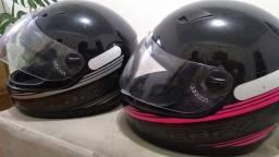 Vendo 2 capacetes seminovos