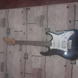Vendo guitarra novinha 360