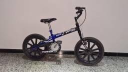 Bicicleta Caloi infantil aro 16
