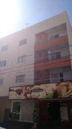 Apartamento com 3 dormitórios para alugar, 0 m² por R$ 1.000,00/mês - Centro - Uberaba/MG