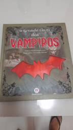 Livro novo - o grande livro dos vampiros - ilustrado