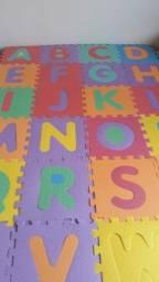Tapete Tatame Infantil  Eva 26 Peças Alfabeto 29 X 29 Cm