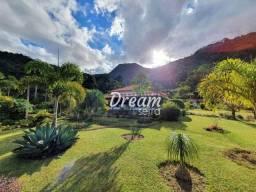 Sítio com 3 dormitórios à venda, 28000 m² por R$ 2.000.000,00 - Três Córregos - Teresópoli