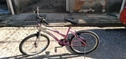 Bicicleta  com     Marcha    feminina.