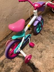 Vende-se bicicleta Caloi Ceci aro 12