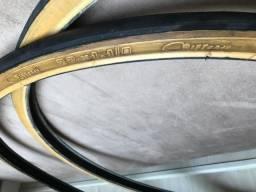 Par de pneus pirelli jetcaju caloi 10