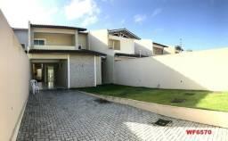 Casa duplex no Parque Manibura, 4 suítes, 4 vagas, amplo quintal, próx Washington Soares