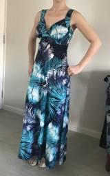 Vendo vestido longo estampado folhagens Tam P