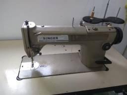 Maquina de Costura Reta industrial Singer
