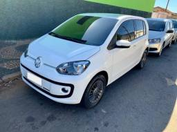Volkswagen Up MOVE TSI 4P
