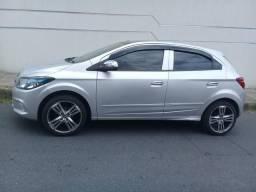 Onix Chevrolet - 2013