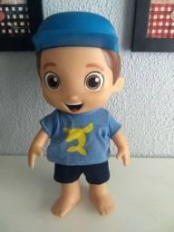 Boneco Lucas Netto
