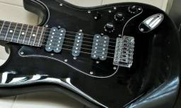 Guitarra SuperStrato Shelter USA California Falcon \Seminova