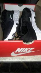 Tenis da Nike/preto/couro/original/comprei na loja/CENTAURO/SHOPPING/ESTACAO